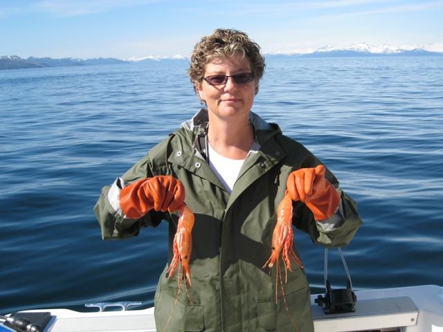 Cindy%20holding%202%20large%20shrimp.JPG