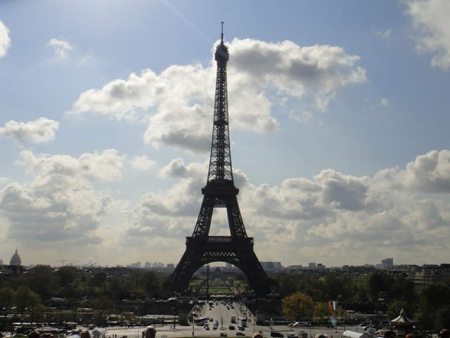 Eifel%20Tower%201.jpg