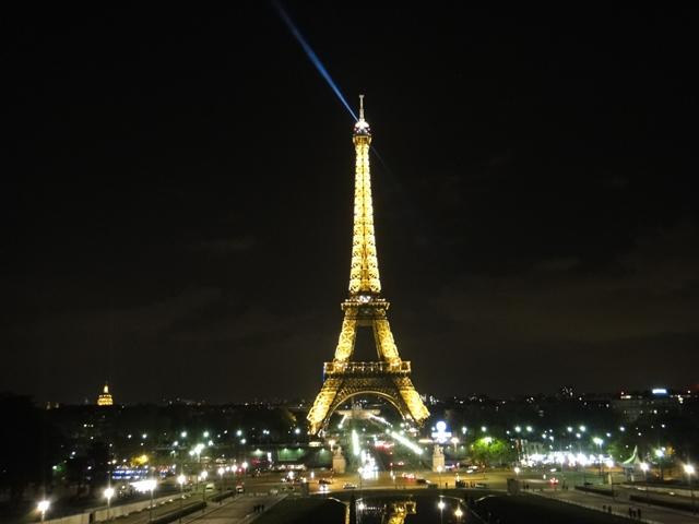 Eiffel%20Tower%201.JPG
