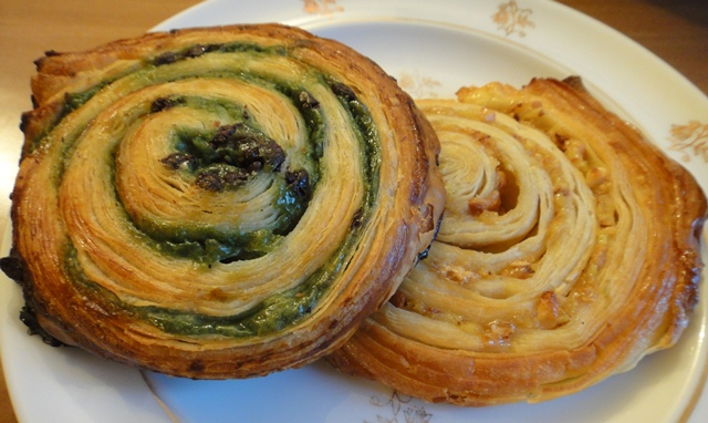 Escargot%20with%20Pistachio-Chocolate%20and%20Citron.jpg