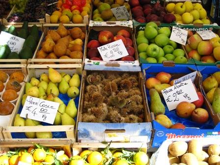 Fruits%20at%20Piazza%20Campo%20dei%20Fiori%201.JPG