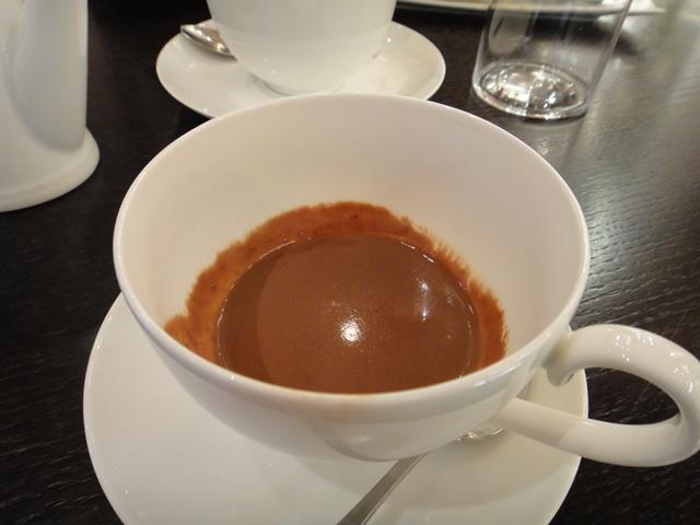 Hot%20chocolate%20at%20Jacquest%20Genin.JPG