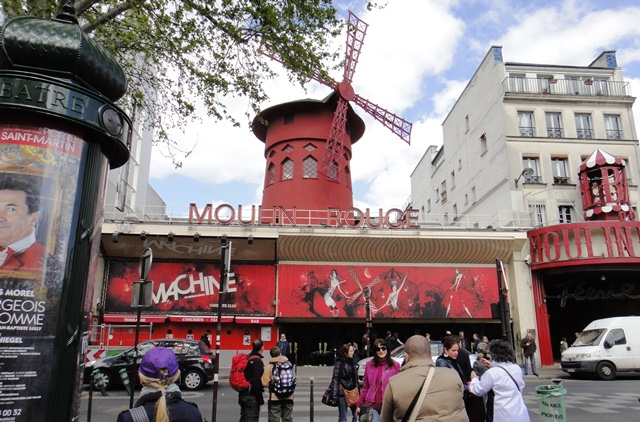 Moulin%20Rouge%202.JPG