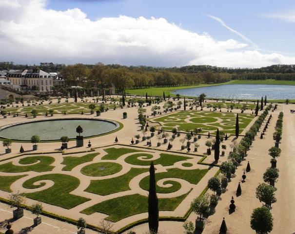 Versailles%20Gardens6.jpg