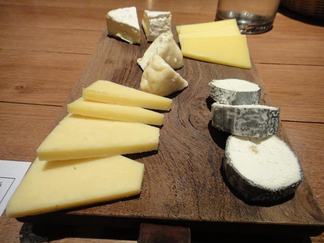 Wine%20Tasting%20O%20Chateau%20-cheeses.jpg