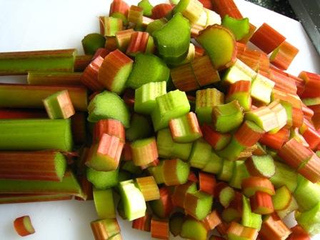 chopped%20rhubarb.JPG